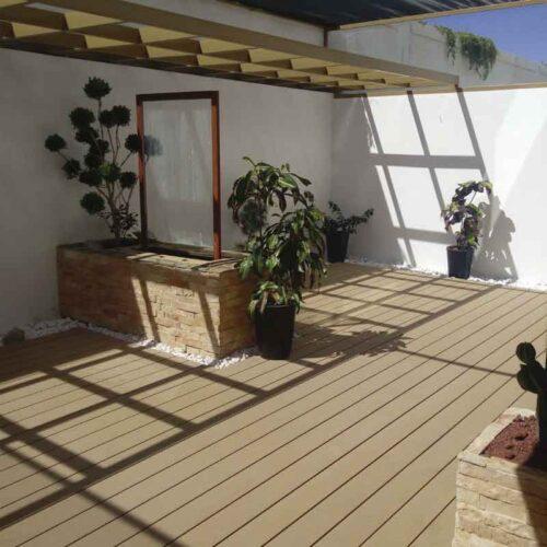 deck-sand
