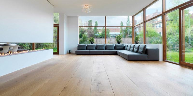 Decoraci n minimalista con pisos de madera natura pisos for Decoracion piso minimalista