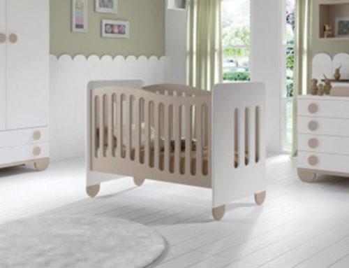 ¿Cómo decorar el cuarto del bebé con piso de madera?